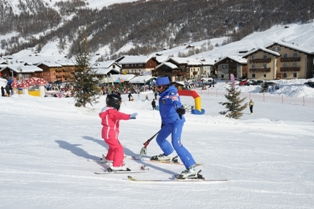 Livigno - child in ski school in Livigno centre